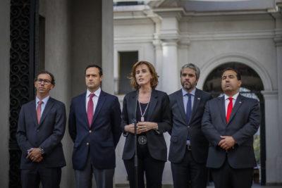 """Ministra Cubillos y PSU: """"Llama la atención que se insista en llamados violentos"""""""