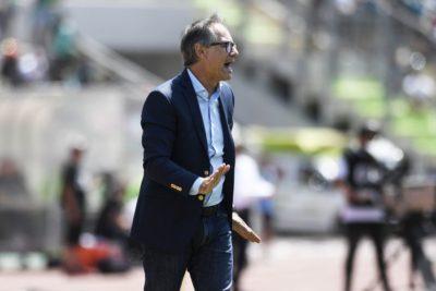 """Holan y muerte de hincha: """"Es un hecho lamentable que va más allá del fútbol"""""""
