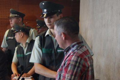 Carabinero acusado de atropello de hincha queda con firma semanal y arraigo