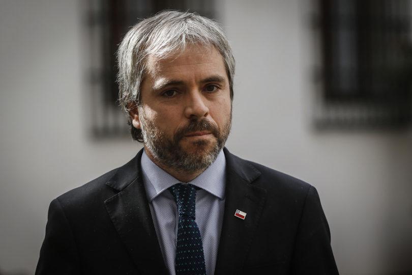 """Blumel y el ultimátum del Frente Amplio: """"Uno esperaría propuestas para fortalecer la paz"""""""
