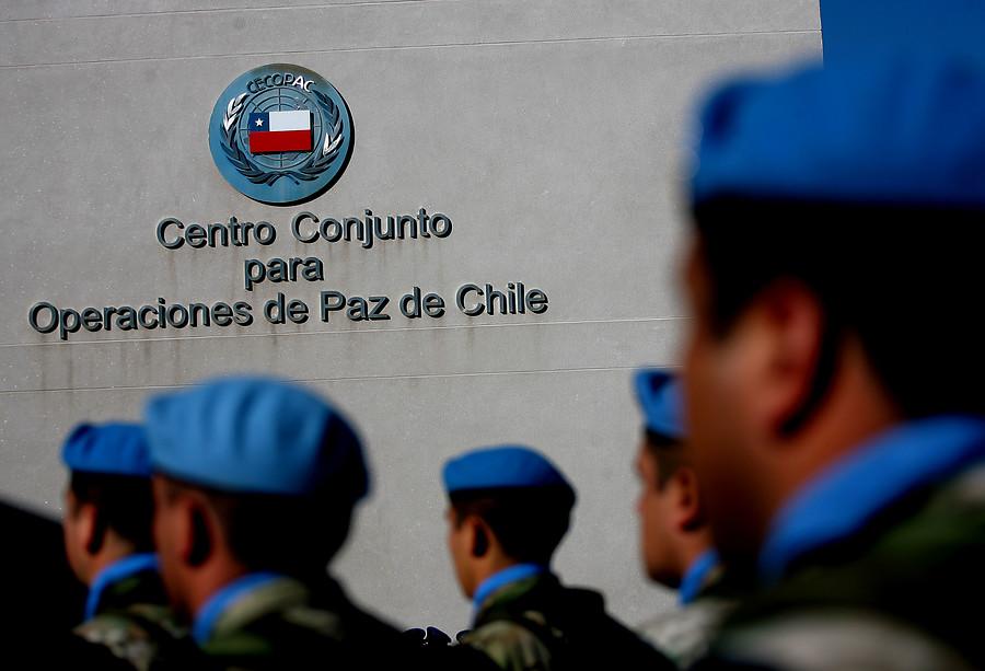 Ministerio de Defensa pide antecedentes por abusos sexuales de FF.AA. en Haití