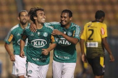 En Brasil aseguran que Jorge Valdivia está cerca de volver a Palmeiras