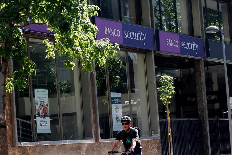 Banco Security compensará a 17.000 clientes por cobros en líneas de sobregiro