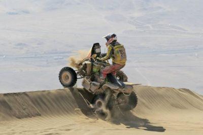 Casale se extravió en la ruta y disminuye su ventaja en el Dakar