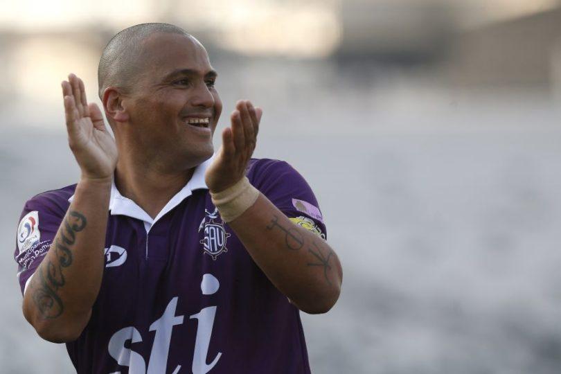 Chupete llega a la B: Humberto Suazo es oficializado como refuerzo de Deportes Santa Cruz