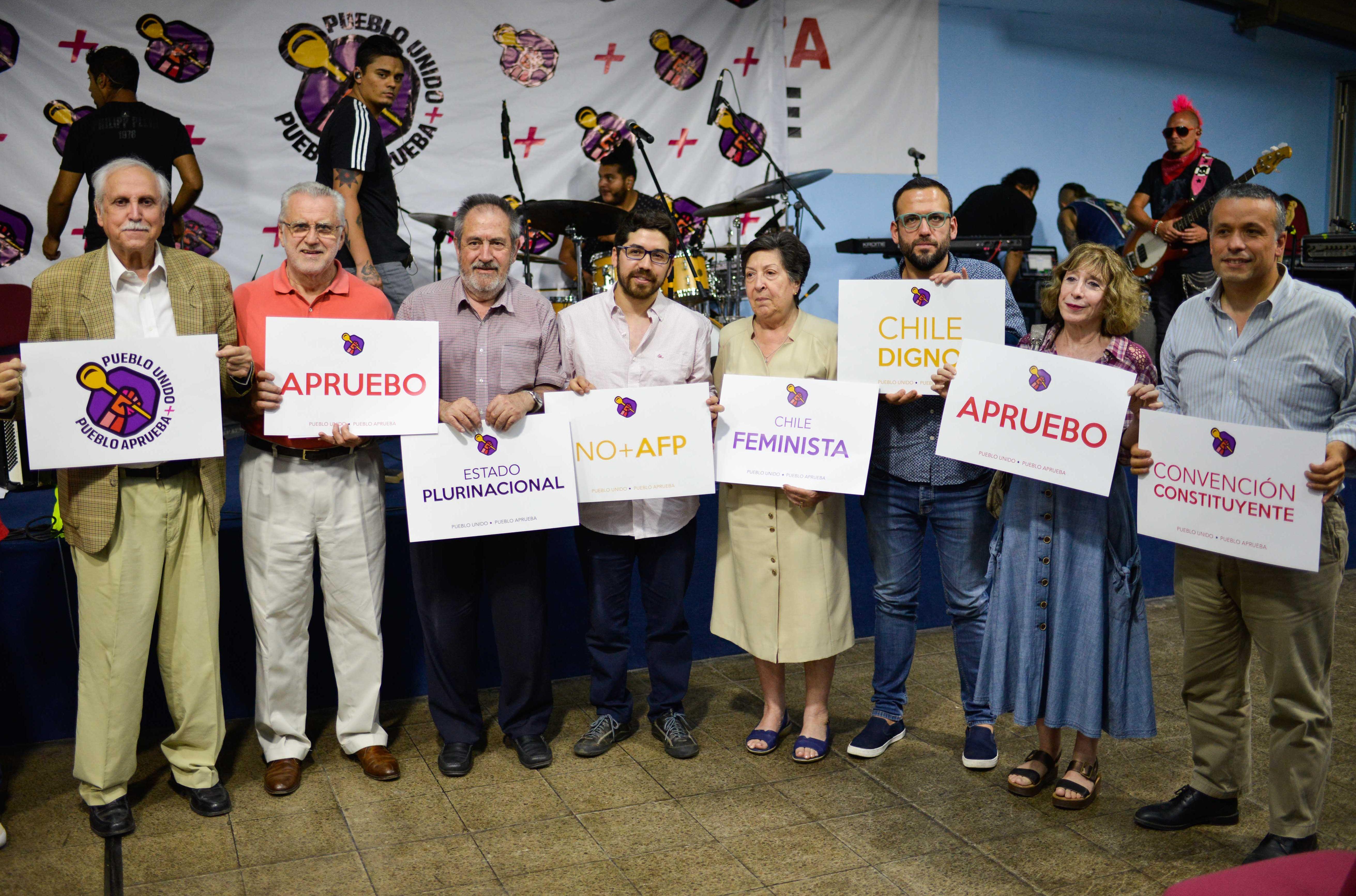 PS y Juventud Socialista lanzan comando juvenil para proceso constituyente