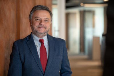 """René Muga de Anglo American y su llamado a la industria ante la megasequía: """"Debemos repensar nuestros procesos y adaptar las operaciones al nuevo escenario"""""""