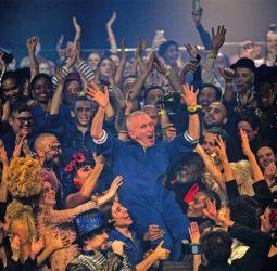 Con Boy George, el debut de Paris Jackson y un ataúd: Mira la despedida de Jean Paul Gaultier
