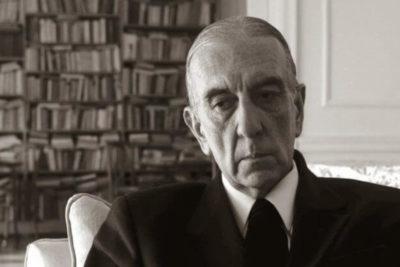 A los 86 años falleció Armando Uribe, destacado poeta y abogado