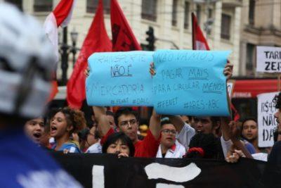 Inspirados en el estallido social de Chile: en Brasil realizan marcha contra alza del transporte