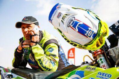 Piloto holandés se encuentra en estado crítico tras caída en el Dakar 2020