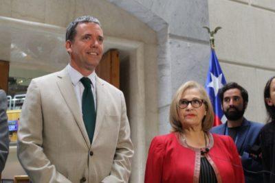 Felipe Harboe renuncia a postulación a presidencia del Senado dando paso a Adriana Muñoz