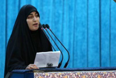 """""""Vendrán días oscuros"""": hija del general Soleimani amenaza a Estados Unidos en multitudinario funeral"""