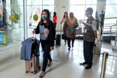 Japón y Alemania confirman casos de coronavirus en personas que no viajaron a China