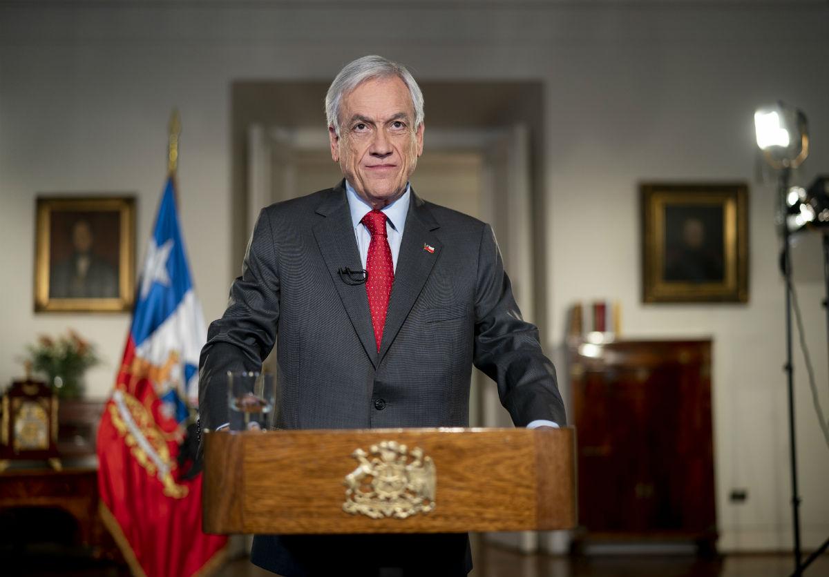 """""""Independientes e impuestos: los temas no tocados en la reforma de pensiones anunciada por Piñera"""""""