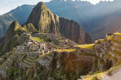 Detienen a chileno por dañar, orinar y defecar un templo en Machu Picchu