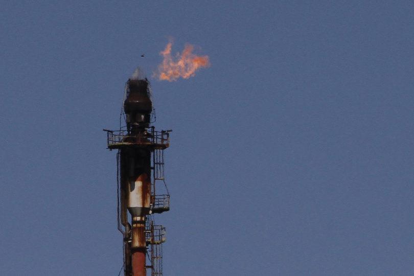 """""""Precio del petróleo se dispara tras el ataque de Estados Unidos en Bagdad"""""""