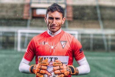"""""""Bajo esas condiciones debo seguir mi camino"""": Raúl Olivares deja su equipo un día antes de jugar la Copa Libertadores"""