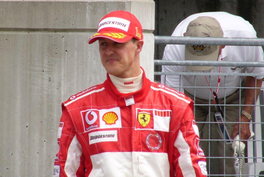 """""""Esposa de Michael Schumacher denunció que tomaron fotos del piloto postrado"""""""