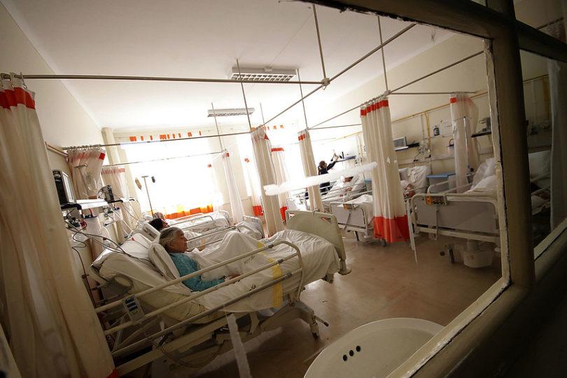 """Padre de bebé que nació en sala de espera de Hospital de Antofagasta: """"Atención fue oportuna y eficiente"""""""