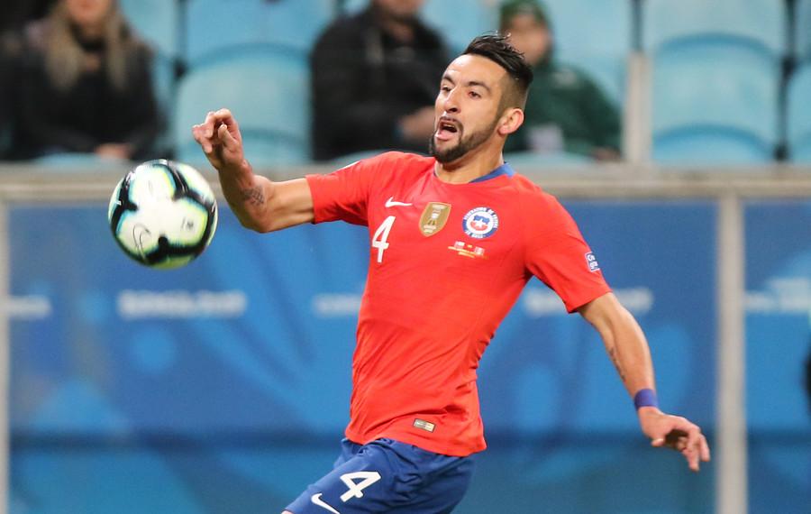 """Mauricio Isla reconoció contactos con Boca: """"Tuve conversaciones con Riquelme"""""""