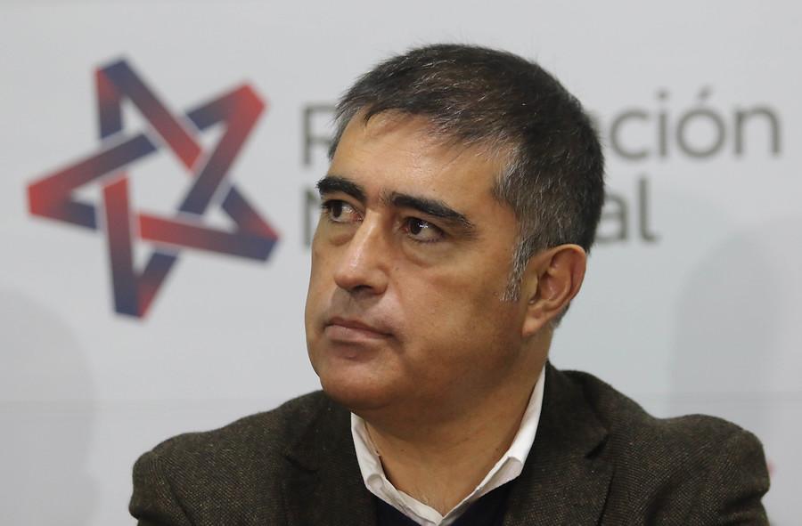 """""""Lo peor de la política"""": Mario Desbordes fustiga a conductor radial"""
