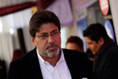 """Alcalde Daniel Jadue critica quema de buses en Recoleta: """"No representa el movimiento social"""""""