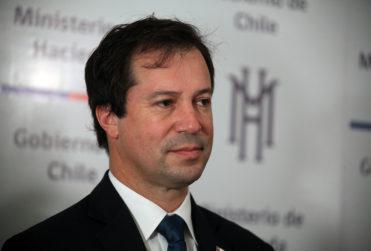 Ministro Palacios ya declaró por caso de presuntas coimas al interior del MOP