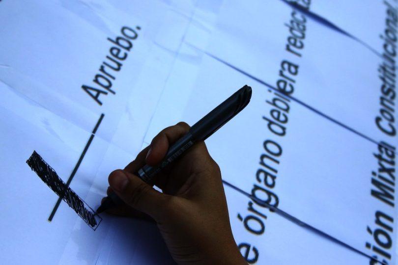 PC, PRO y Federación Regionalista Verde se inscriben juntos para franja por plebiscito