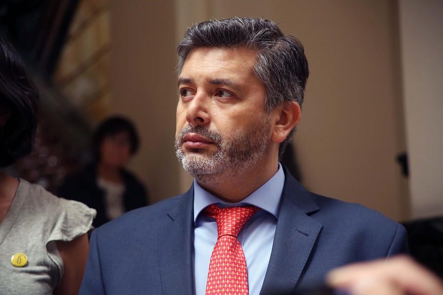 """Juez Urrutia recurre a Corte Interamericana de DDHH por """"persecución"""" en Poder Judicial"""
