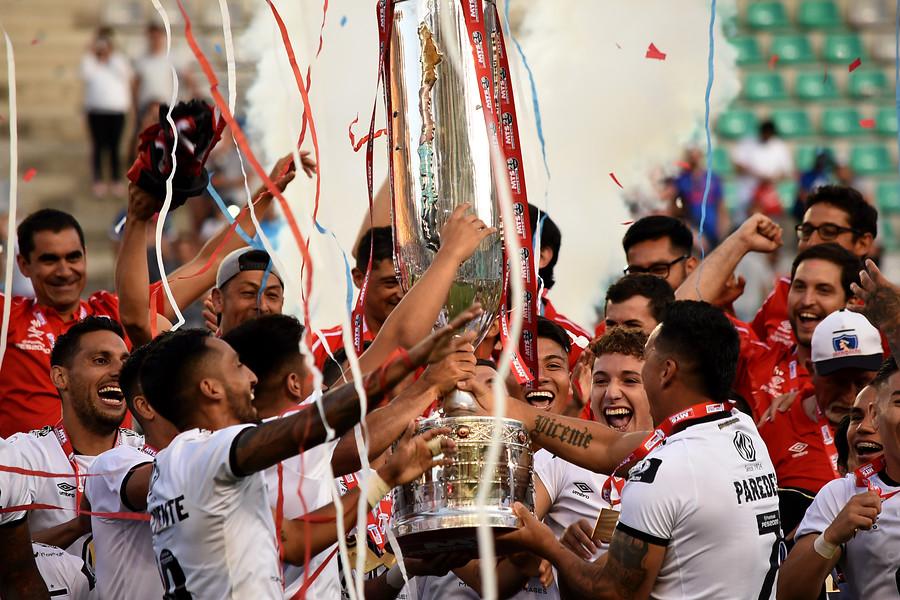 Colo Colo celebrando la Copa Chile. (Agencia Uno)