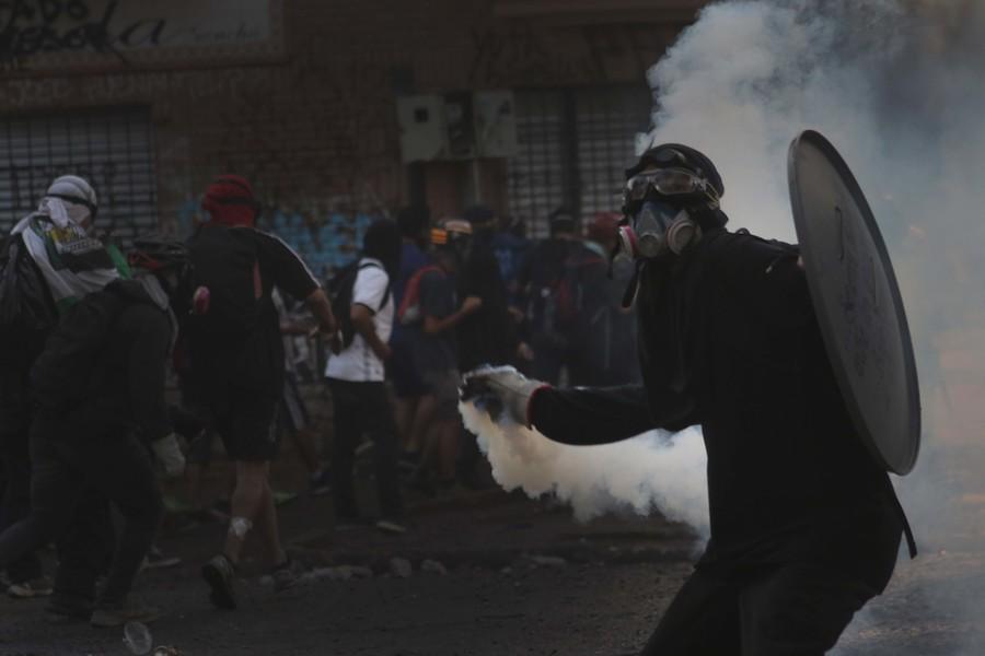 Encuesta Cadem: 68% en desacuerdo con la violencia en las calles