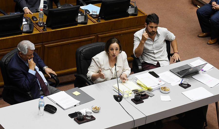 Acusación contra Guevara: emplazan a senadores opositores a estar en votación