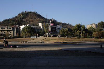 Providencia sorprende con trabajos para replantar Plaza Baquedano