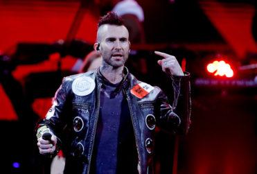 El cuestionado paso de Adam Levine y Maroon 5 por la Quinta Vergara