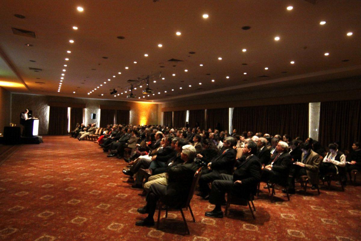 Altos ejecutivos chilenos optan por un MBA a la hora de mejorar sus perfiles laborales