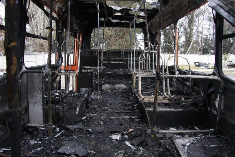 Santiago y Peñalolén son las comunas con más buses quemados durante el estallido social