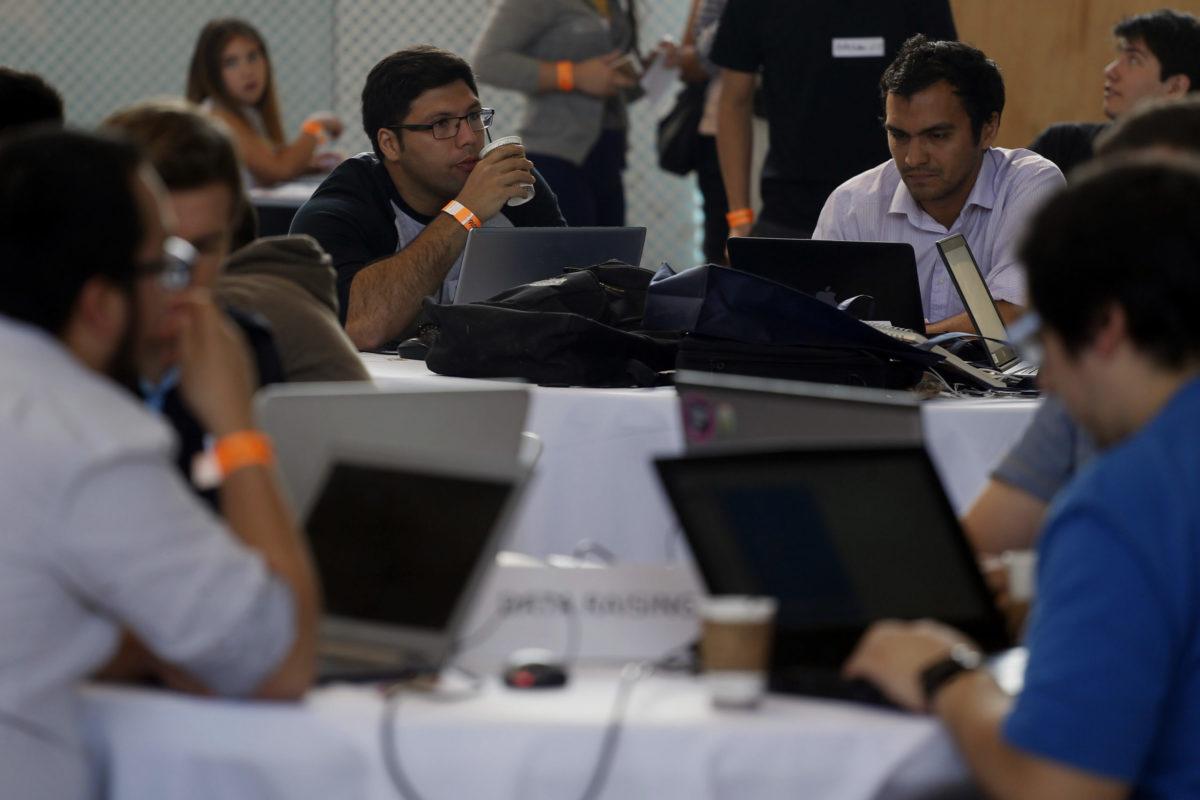 """""""El Dínamo se suma a Desafío 10x: la iniciativa que invita a las empresas a reducir brecha salarial"""""""