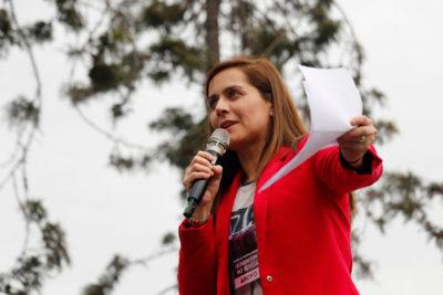 """""""Todos son bastante inofensivos"""": Natalia Valdebenito analiza el humor del Festival de Viña 2020"""