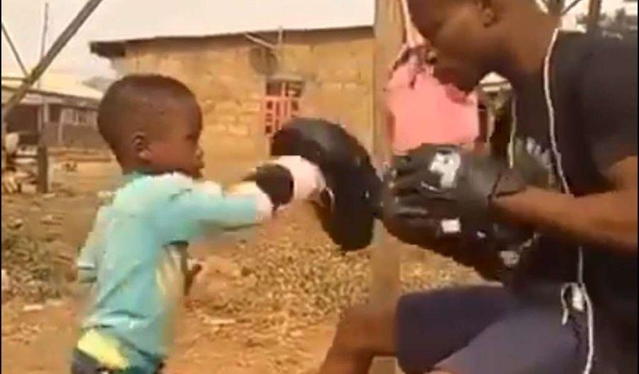 VIDEO | ¿El próximo Floyd Mayweather?: niño de 4 años sorprende con sus habilidades para el boxeo
