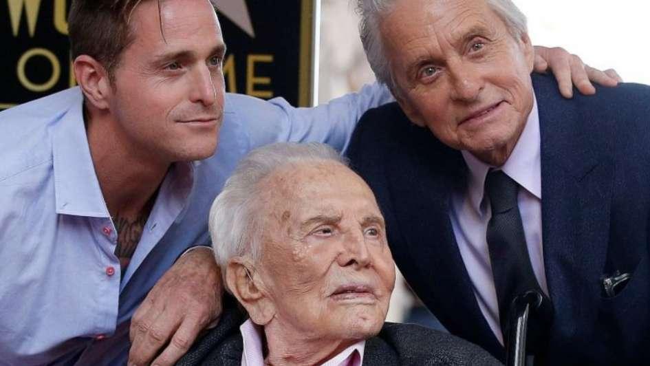Actor Kirk Douglas falleció a los 103 años de edad