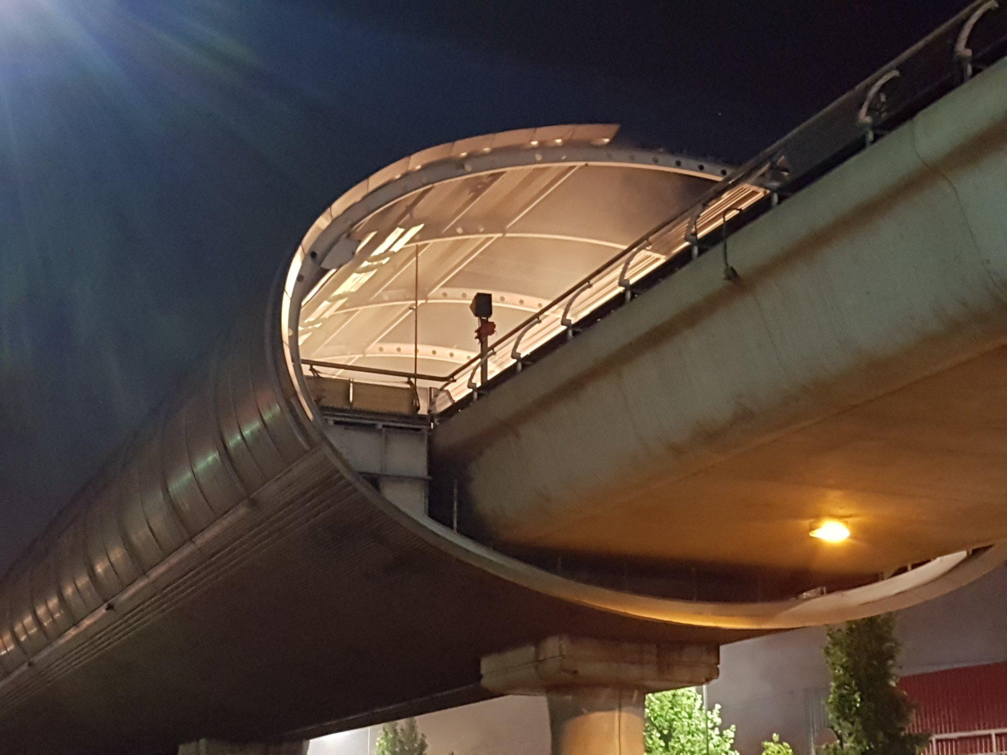 """""""Incendio afecta a Metro Los Quillayes y se suspende servicio en Línea 4"""""""