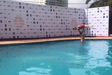 VIDEO | Piscinazo de los reyes de Viña se adelantó ante posibles funas en el Hotel O'Higgins