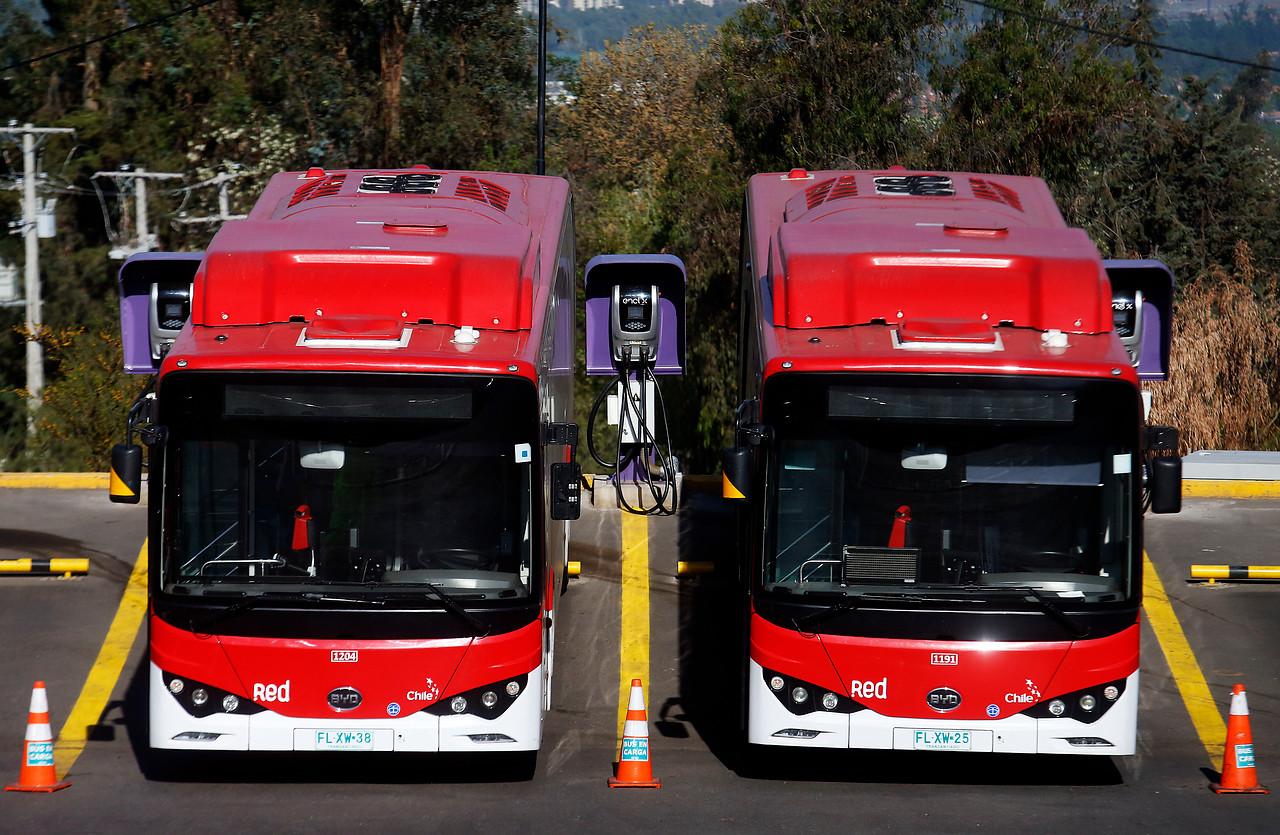 """""""RED alcanza una flota de mil buses beneficiando 3 millones de personas"""""""