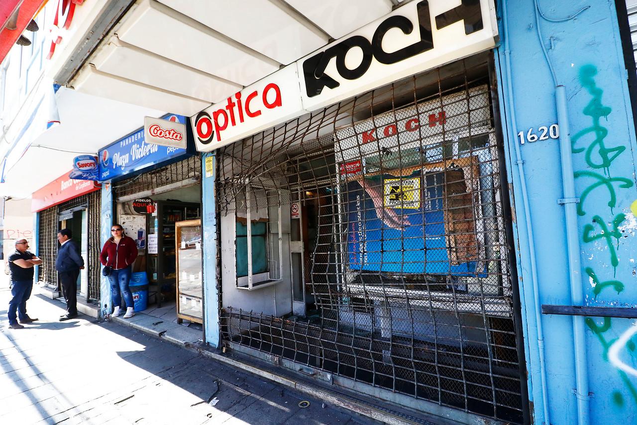 Valparaíso inicia campaña para repintar locales rayados