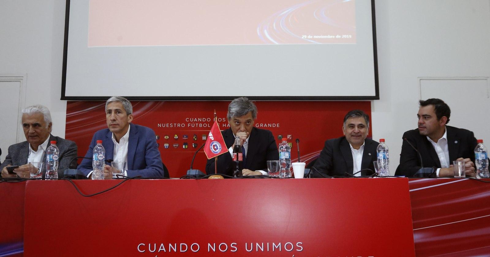 """""""Consejo de Presidentes propuso bajar sueldos de jugadores y cuerpos técnicos"""""""