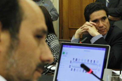 """Presidente de Comisión de Hacienda pide aumentar """"bono Covid"""" a 200 mil pesos"""