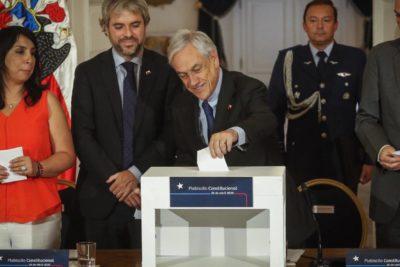 Piñera promulgó reforma constitucional que posterga el plebiscito