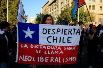 """Inapi rechazó inscripción de las marcas """"Chile Despertó"""" y """"Estallido Social"""""""
