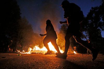 """Libres, pero con cautelares quedaron 44 encapuchados detenidos en """"encerrona"""""""